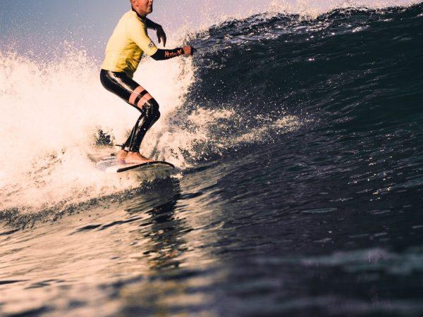 Unser Surfcoach Caspar bei der Arbeit. #surf #surfcamp #mis…