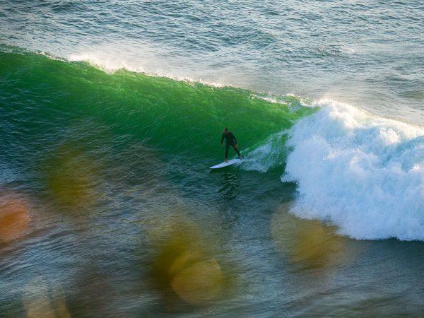 Der November bringt immer wieder guten Swell  mit. by @gotit…