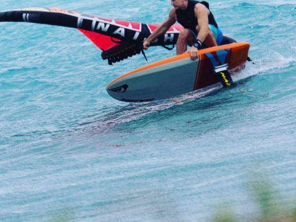 Wingsurfing – es gibt nicht viel, was mehr Spaß macht am Was…