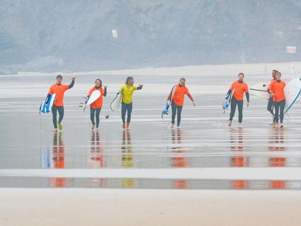 Was Du zum Surfen brauchst – Lerne surfen im MissionToSurf Surfcamp